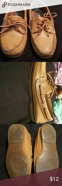 Shoes Gently used so cute just a great pair of shoes Dexter Shoes Flats & Loafers