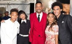 The couple with their kids, Jaden Smith (l.) and  Willow Smith (2nd from l.), and his son,  Trey Smith (r.).