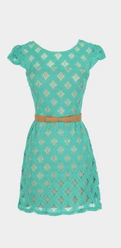 Pinwheel Lace Belted Dress in Jade