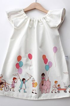 Whimsical toddler girl dress from Smashed Peas and Carrots - so adorable!