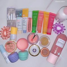 Face Skin Care, won't you relish a skin care routine that would nicely lend a hand? Discover the skin care facials information reference 1748327186 here. Beauty Care, Beauty Skin, Beauty Hacks, Diy Beauty, Beauty Ideas, Beauty Makeup, Huda Beauty, Gloss Labial, Too Faced