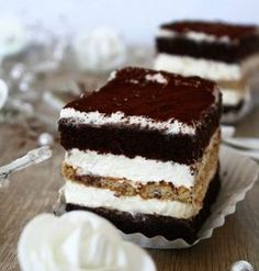 Few Delicious Coffee Recipes for You – Drinks Paradise Cake Recipes, Dessert Recipes, Coffee Facts, Cappuccino Machine, Sweet Tarts, Food Cakes, Coffee Recipes, Cheesecakes, Delicious Desserts