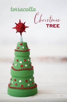 Terracotta Christmas Tree Flower Pot for kids to make  #christmascraft #christmastree