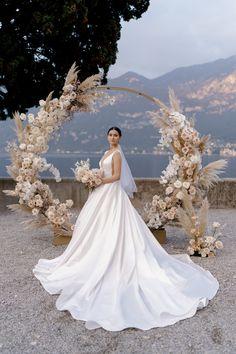 Wedding House Best Event Planning & Design in Milan Home Wedding, Wedding Events, Dream Wedding, Italy Wedding, Wedding Themes, Luxury Wedding, Elegant Wedding, Wedding Table, Destination Wedding