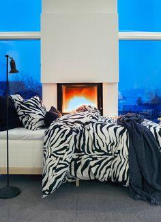 HIMLA Hope Wild Life bed linen. The pattern is designed by the designer Ylva Liljefors.
