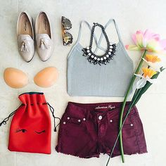 My go-to summertime outfit. Crop tops, bold shorts and the perfect backless bra