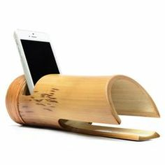 Bamboo iPod amplifier.