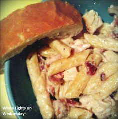White Lights on Wednesday: Cheesy Bacon and Chicken Pasta
