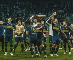 🎶 Yo te quiero Boca Juniors, yo te quiero de verdad, Quieeeeero la Libertadoooores 🎶 World Library, Grande, Soccer, Lol, King, Sport, Vestidos, Lets Go, Soccer Pics