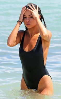 Selena Gomez Wears the Sexiest Damn Bathing Suit You've Ever Seen?Plus, See Her New Thigh Tattoos! | E! Online Mobile