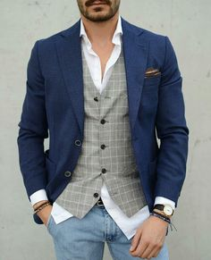 Grey vest with a navy blazer. Dressy yet casual. – [pin_pinter_full_name] Grey vest with a navy blazer. Dressy yet casual. Grey vest with a navy blazer. Mens Fashion Blazer, Suit Fashion, Leather Fashion, Mens Formal Vest, Waistcoat Men Casual, Mode Man, Herren Outfit, Men Style Tips, Male Style
