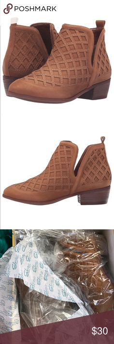Sbicca Stassie bootie NIB booties they're a size 8 but fit closer to a 7/7.5 Sbicca Shoes Ankle Boots & Booties