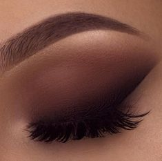 makeup tutorial natural makeup case is eyeshadow makeup makeup green eyes makeup tutorial for brown eyes makeup prom makeup tutorial makeup guide Makeup Eye Looks, Cute Makeup, Gorgeous Makeup, Skin Makeup, Contour Makeup, Eyeshadow Makeup, Bronze Eyeshadow, Taupe Eye Makeup, Brown Smokey Eye Makeup