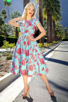 Pinup Couture The Evelyn Light Blue Pink Roses Swing Dress 102 39 15992 20150618 4