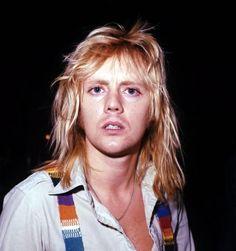 Oldie but goodie - look at those eyes! Queen Photos, Queen Pictures, Brian May, John Deacon, Heavy Metal, Queen Drummer, Drummer Boy, Queen Frame, Roger Taylor Queen