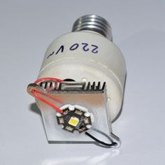 """How to Make Cheap But Very Powerful LED Bulbs: It's been almost a year since I started to """"LEDify"""" my home, with results more or less encouraging, but only an accident made me find the best solution so far. Diy Electronics, Electronics Projects, Electronics Components, Led Projects, Projects To Try, High Power Led, Diy Tech, 233, Led Diy"""