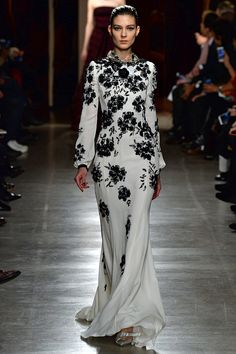 Oscar de la Renta Fall 2015 RTW Runway – Vogue