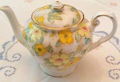 Chocolate Pots, Chocolate Coffee, Cream And Sugar, Cake Plates, Teacups, Bone China, Tea Time, Tea Pots, Antiques