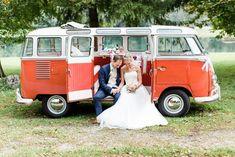 DIY Hochzeit mit VW Bulli von Gloomy Light #Hochzeitsauto #Hochzeitsfahrzeug #Bulli