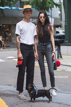 Punk Fashion, Asian Fashion, Vintage Fashion, Fashion Poses, Fashion Outfits, Stylish Couple, Fashion Couple, Couple Outfits, Mode Style