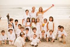 Foto com a criançada toda!  Maresias, SP. #wedding #beach #kids