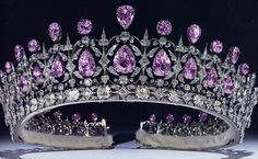 The Fife Tiara, with alternating amethyst stones.....Uploaded by www.1stand2ndtimearound.etsy.com                                                                                                                                                     More
