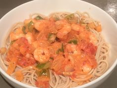 Super quick, super nice dinner last night. Doves Farm gluten free spaghetti, prawns, peppers, onions with a couple of table spoons of Sainsbury's free from, garlic & Herb cheese spread. I try to avoid processed food as much as possible..but once in a while...#glutenfree #dairyfree