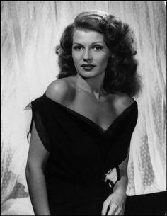 Rita Hayworth, 1943