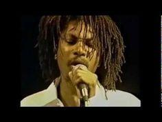 #REGGAE VIDEO Garnett Silk live, earthday 1994 is featured on Reggae Hangout TV   http://reggaehangouttv.net/home/garnett-silk-live-earthday-1994/   The Riddim Is LOVE!  http://reggaehangouttv.com   WATCH IT ONLINE NOW!!!  FREE DOWNLOAD!!! Music YARD - Reggae Desktop PlayR http://reggaehangouttv.net/musicyard