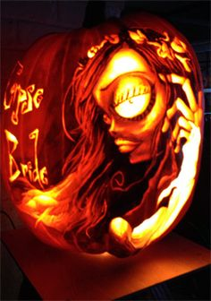 Rise of the Jack-O-Lanterns at Westbury Gardens throughout October #halloween #longisland