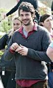Matthew Goode, love the scruffy look.