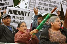 Hindu community demonstrates outside Pakistan High Commission, London by Wendy Hutchinson  [August 17th 2013, London]  View all story! http://www.demotix.com/news/2447323/hindu-community-demonstrates-outside-pakistan-high-commission-london#media-2447405