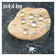 Teaching how to unlock is always a nice idea to refine motor skills and to improve children's concentration. Using wood makes it even more beautiful 💕 Montessori Activities, Motor Activities, Preschool Activities, Montessori Education, Reggio Classroom, Outdoor Classroom, Reggio Emilia, Play Based Learning, Early Learning