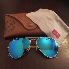 c4af267395a Blue flash Ray Ban aviators Only wore twice. No scratches or bends. Comes  with original case and lens cleaner.
