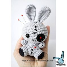 Most up-to-date Free of Charge crochet amigurumi rabbit Popular Kawaii bunny & Voodoo bunny amigurumi crochet pattern. Crochet Kawaii, Bunny Crochet, Cute Crochet, Crochet Animals, Crochet Crafts, Easy Crochet, Crochet Projects, Crochet Motifs, Crochet Patterns Amigurumi