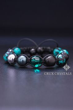 Hey, I found this really awesome Etsy listing at https://www.etsy.com/listing/227006366/emerald-womens-shamballa-bracelet-beaded