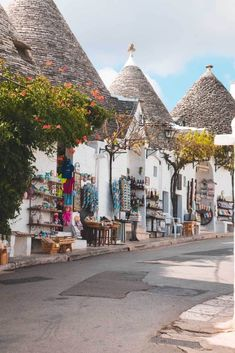 Alberobello – The Fairytale Like Town in Puglia! – In Love with the Med … Alberobello – Die märchenhafte Stadt in Apulien! – Verliebt in die med All Year Destinations – Travel Italy Map, Italy Travel, Italy Italy, Castel Del Monte, Regions Of Italy, Luxury Travel, Travel Inspiration, Travel Destinations, Beautiful Places