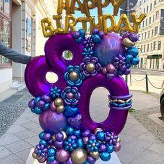 23 Clever DIY Christmas Decoration Ideas By Crafty Panda Balloon Backdrop, Balloon Centerpieces, Balloon Decorations Party, Balloon Garland, Diy Halloween Decorations, Happy 80th Birthday, 70th Birthday Parties, Happy Birthday Balloons, Balloon Crafts