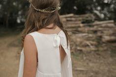 bridal - robe de mariée - gown dress - Éditorial : Wild and Wood - © solveig et ronan photographie - aure bret maquilleuse - Tea Garden Flowers - pauline porquet - robe leutellier tesson
