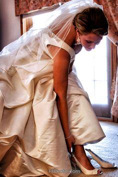 Wedding Photography - Bride putting on her shoes Glamorous Wedding, Bridal Boutique, Wedding Photography, Bride, Shoes, Wedding Shot, Zapatos, Shoes Outlet, Wedding Bride