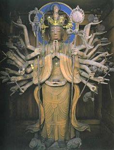 「日本三大如意輪」のひとつとして知られる神呪寺の秘仏本尊・如意輪観音坐像は毎年5月18日のみの開帳です。今年も…