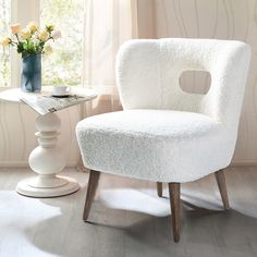 Living Room Chairs, Living Room Furniture, Living Room Decor, Cottage Furniture, New Living Room, Furniture Decor, Stylish Chairs, Modern Chairs, Chair Price