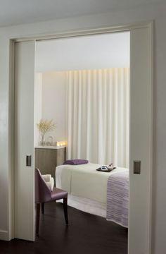 spa treatment rooms - sliding doors, seating inside, need sink in private room Room, Spa, Salon Interior Design, Beauty Room, Esthetics Room, Spa Room Decor, Spa Interior Design