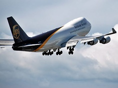 UPS Boeing 747 freighter Ups Airlines, Cargo Airlines, 747 Jumbo Jet, 747 Airplane, Cargo Transport, First Plane, Commercial Aircraft, Civil Aviation, Boeing 747