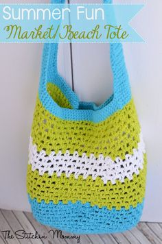 Summer Fun Market/Beach Tote, free pattern by Amy Ramnarine of The Stitchin' Mommy.  Worked continuously in the round.  15″ wide x 16.5″ long from top to bottom. Handle measures 14.5″ long. I like the way the handles are done as part of the bag.   . . . .   ღTrish W ~ http://www.pinterest.com/trishw/  . . . . #crochet #bag #purse