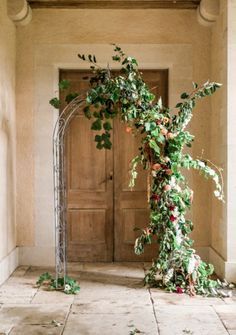 Floral arch inspiration from a romantic fine art shoot. Photography by Gyan Gurung Wedding Ceremony Flowers, Boho Wedding, Whimsical Wedding, Autumn Wedding, Wedding Blog, Wedding Decor, Indoor Ceremony, Creative Wedding Ideas, Floral Arch