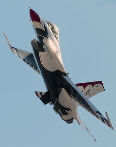 United States Thunderbirds F-16 Fighting Falcon