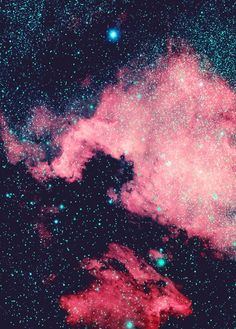 """The North America Nebula (NGC 7000 or Caldwell 20) is an emission nebula in the constellation Cygnus, close to Deneb (the tail of the swan and its brightest star). The remarkable shape of the nebula resembles that of the continent of North America, complete with a prominent Gulf of Mexico. It is sometimes incorrectly called the ""North American Nebula"". """