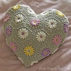 Crochet bolsos ideas ganchillo New Ideas Crochet Bedspread Pattern, Crochet Baby Blanket Free Pattern, Baby Afghan Crochet, Crochet Cushions, Granny Square Crochet Pattern, Crochet Patterns, Crochet Baby Costumes, Crochet Dog Clothes, Crochet Daisy