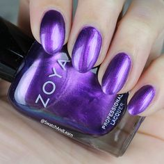 #ZoyaDelaney from the #ZoyaPartyGirls Collection: nails walk down the lane with a happy purple refrain! (See collection swatches on SwatchAndLearn.com.) #zoya #everydayzoya #nailpolish #nails #SwatchAndLearn